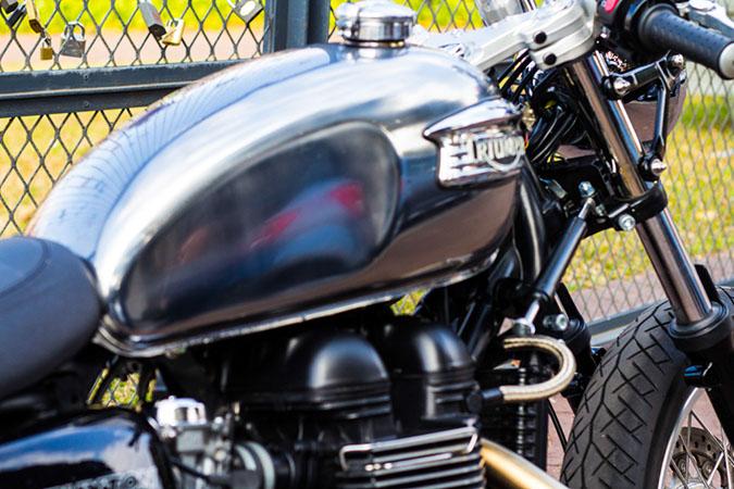Triumph Thruxton – AltMotoCult